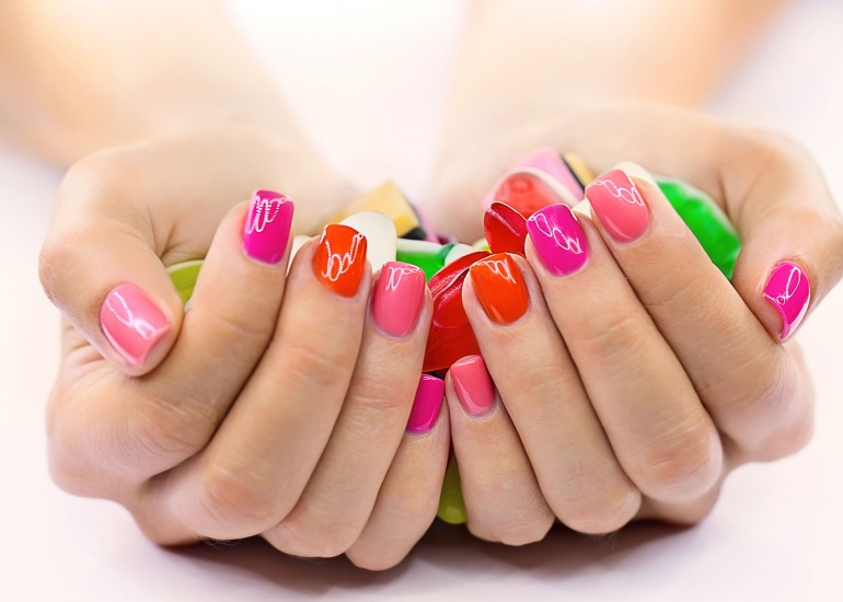linea-unghie-nailcare.jpg